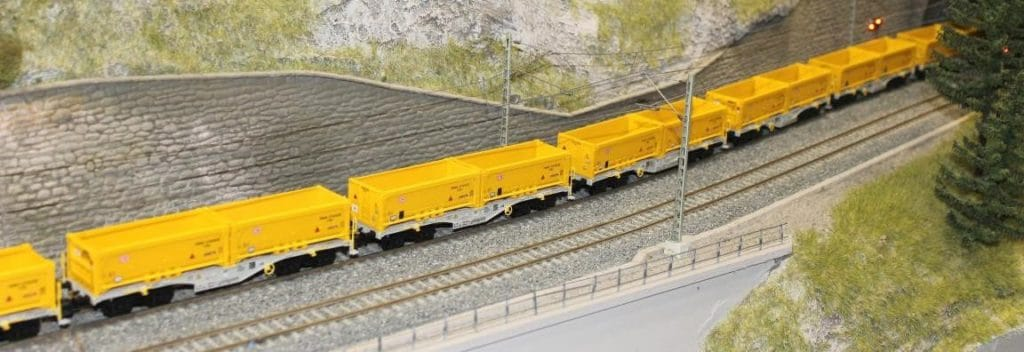 New container cars – Rocky-Rail