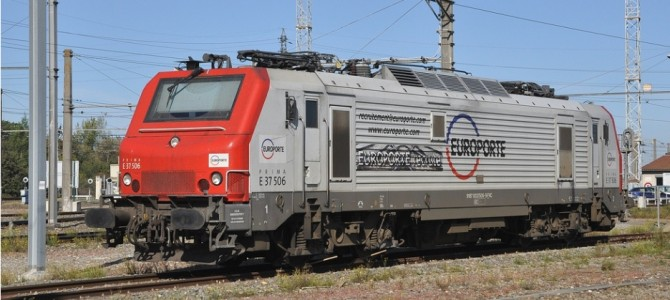 "BB37000 (N scale) : Veolia and Europorte ""recrutement"""